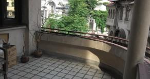 Universitate – apartament in bloc consolidat – bijuterie arhitecturala
